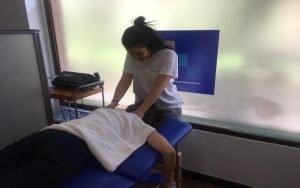 Masajes esguince cervical